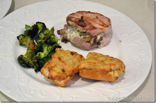 Blue_cheese_and_mushroom_stuffed_pork_chops_1