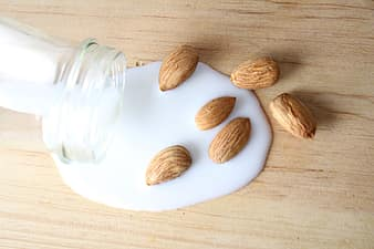 How Long Does Almond Milk Last? Can It Go Bad?