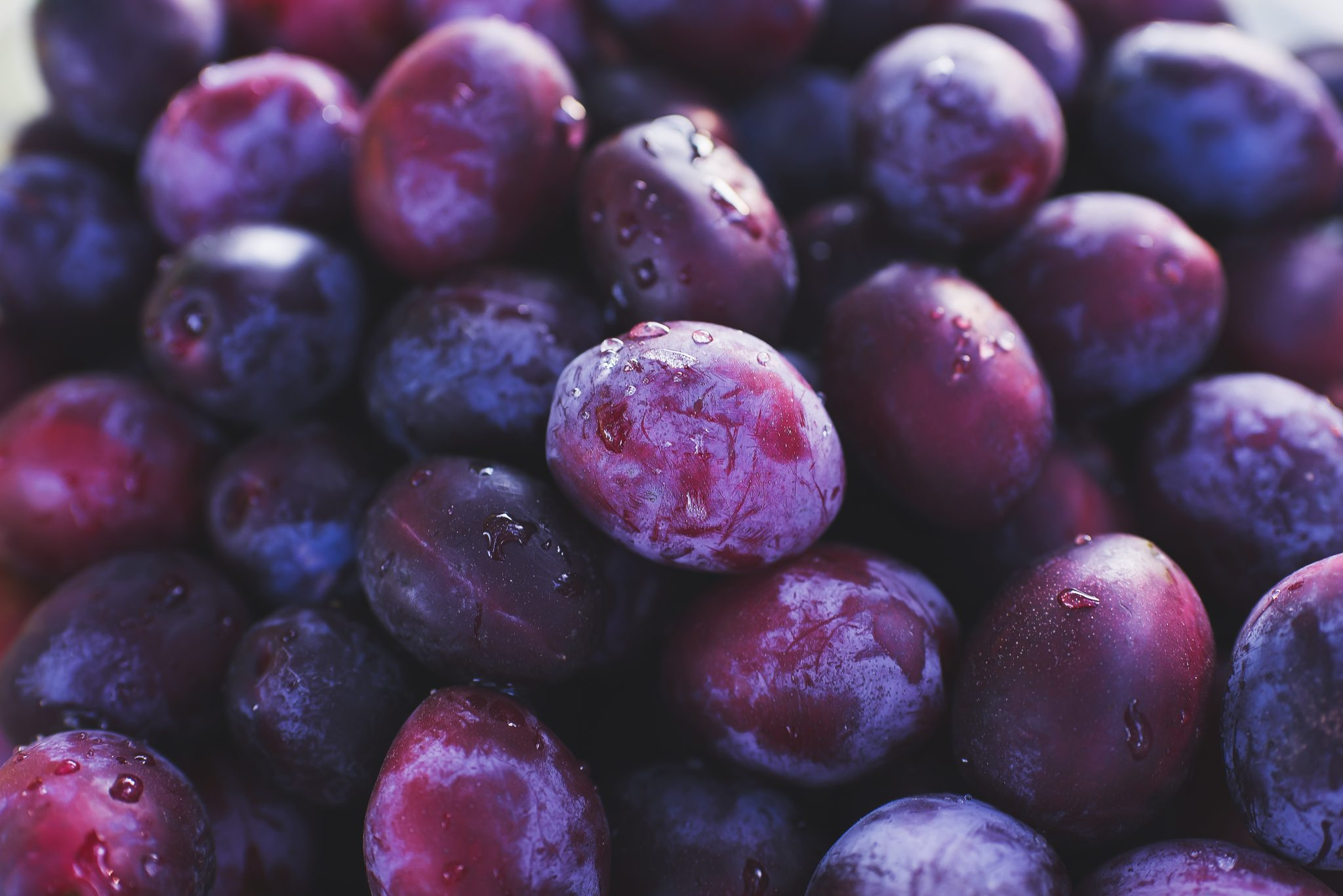 How Long Do Plums Last? Can they Go Bad?